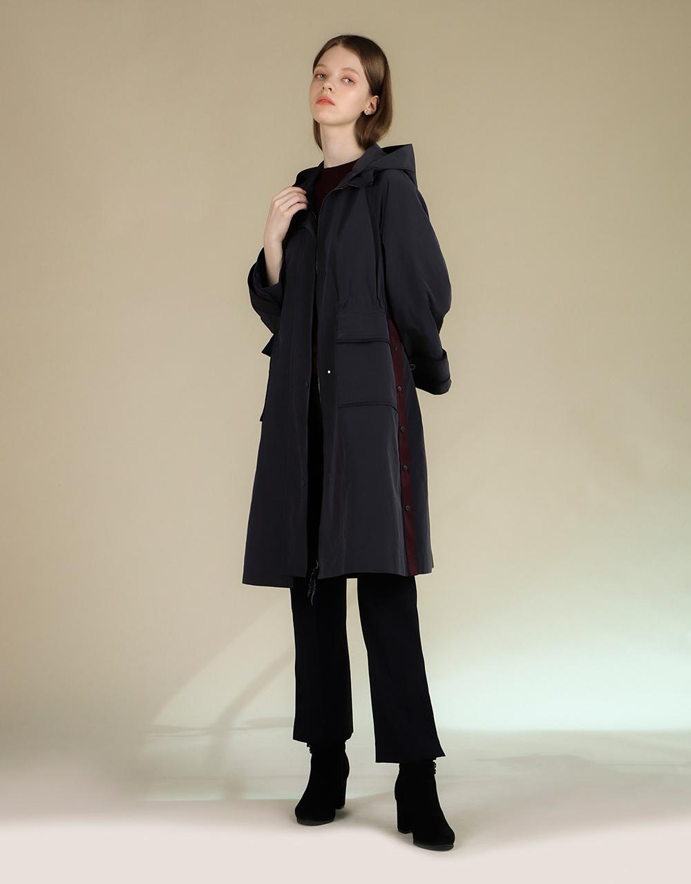 코트 모델 착용 이미지-S2L4