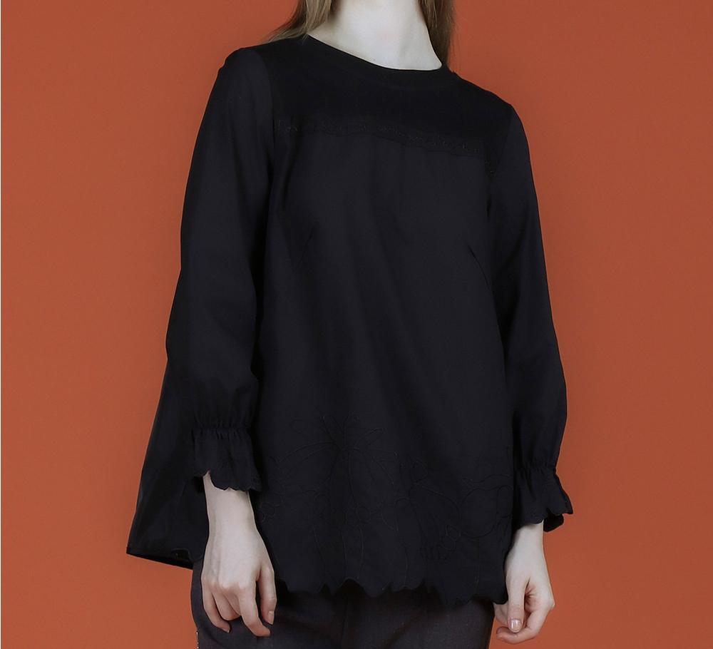 블라우스 모델 착용 이미지-S1L16