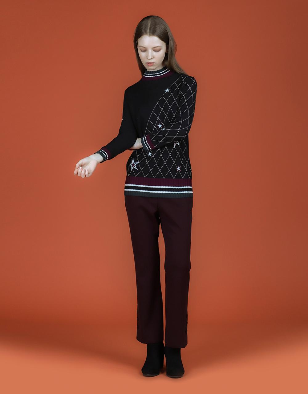 긴팔 티셔츠 모델 착용 이미지-S2L4