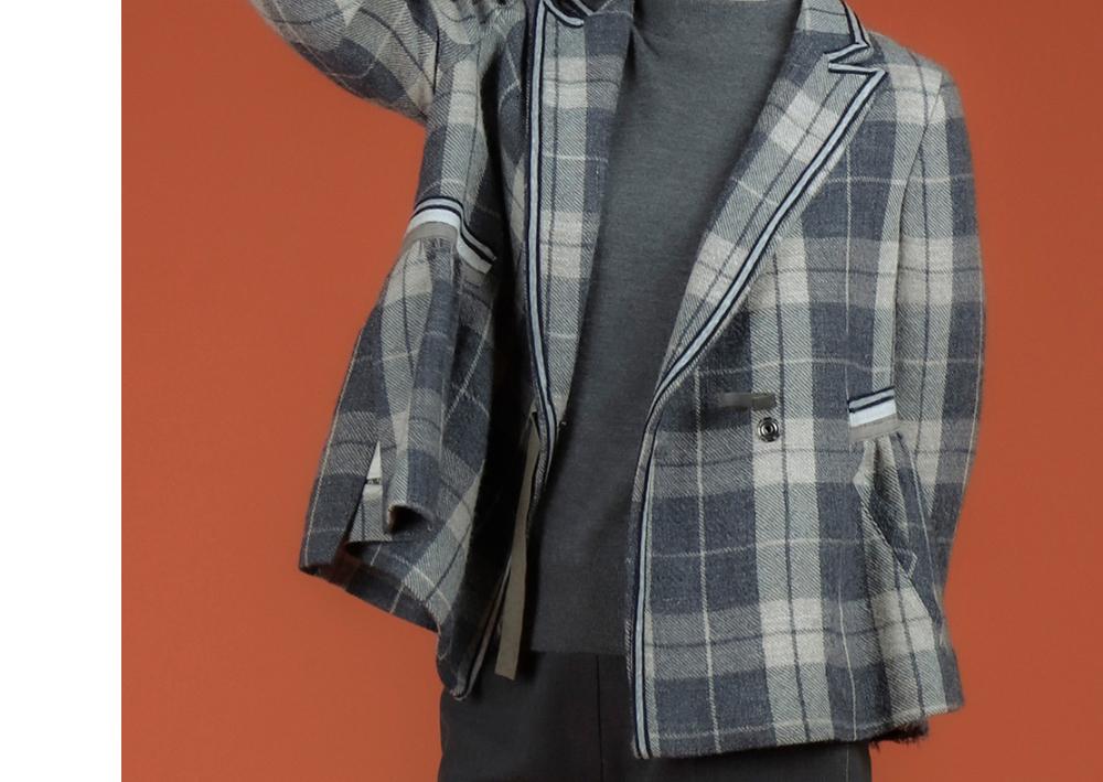 블레이저 모델 착용 이미지-S2L17